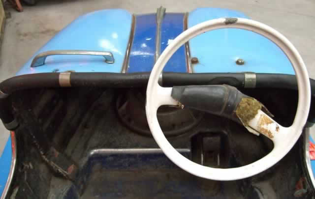 Steering wheel and pedal - bumper car