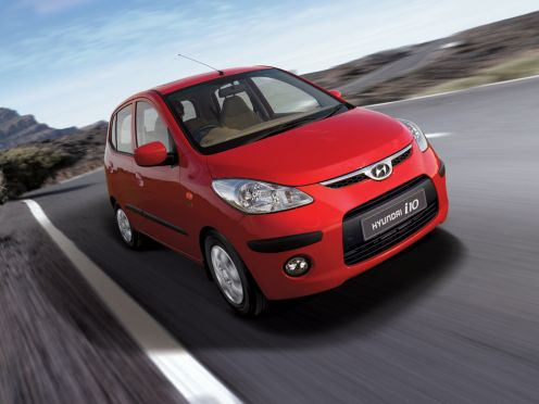 Red Hyundai i10