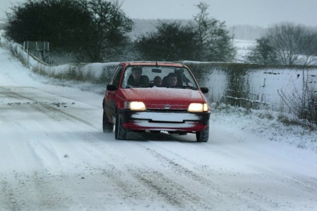 Ford Fiesta driving in the snow