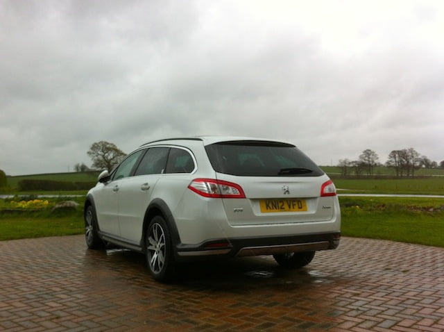 First Drive: 2012 Peugeot 508 RXH HYbrid4 Limited Edition