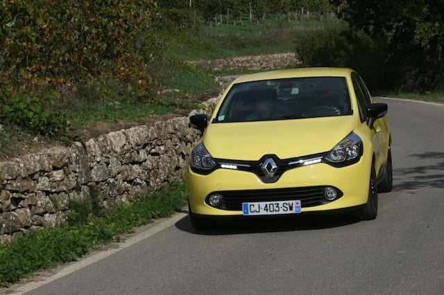 New 2013 Renault Clio review on PetrolBlog