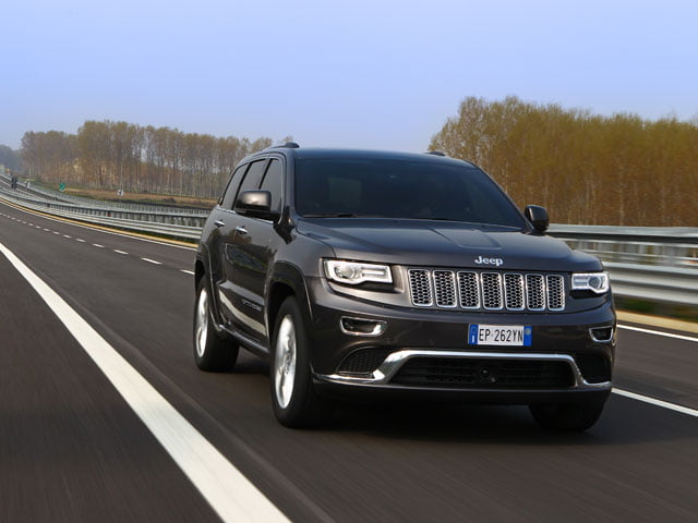 2013 Jeep Grand Cherokee on the motorway