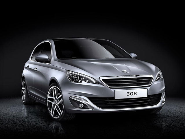 It's the new 2014 Peugeot 308 on PetrolBlog