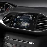 New 2014 Peugeot 308 infotainment screen