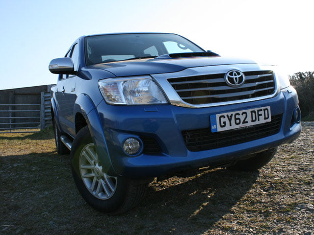 Front of Toyota Hilux Invincible