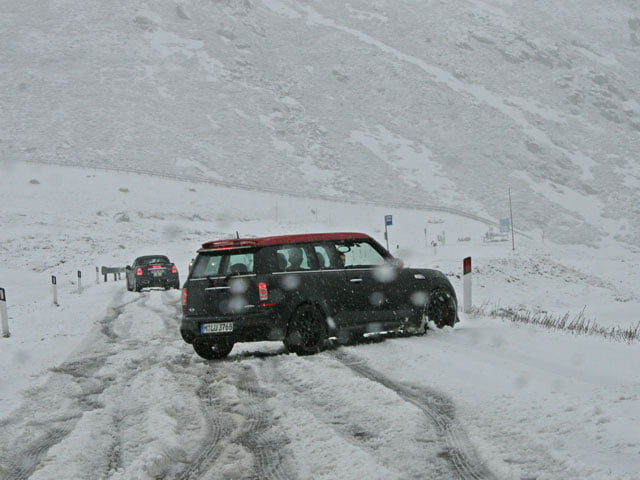 MINI John Cooper Works Clubman in the snow, Italy