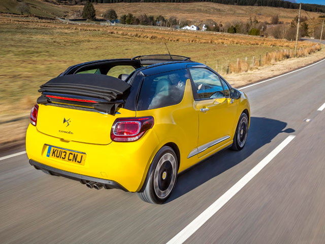 Citroën DS3 Cabrio on the road