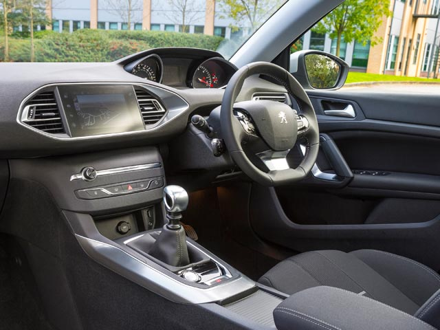 New Peugeot 308 Allure interior