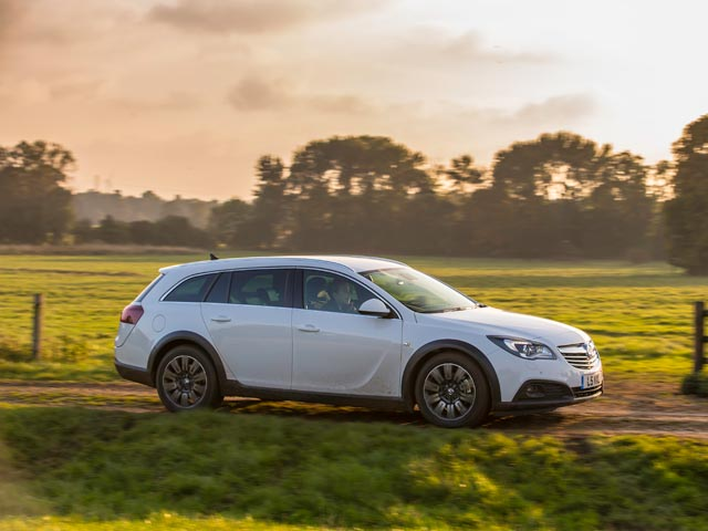 Vauxhall Insignia Country Tourer 4x4 estate
