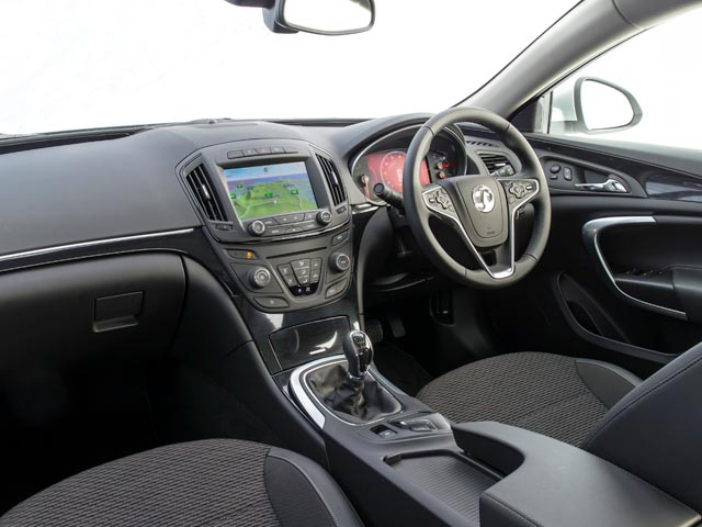 Vauxhall Insignia Country Tourer interior