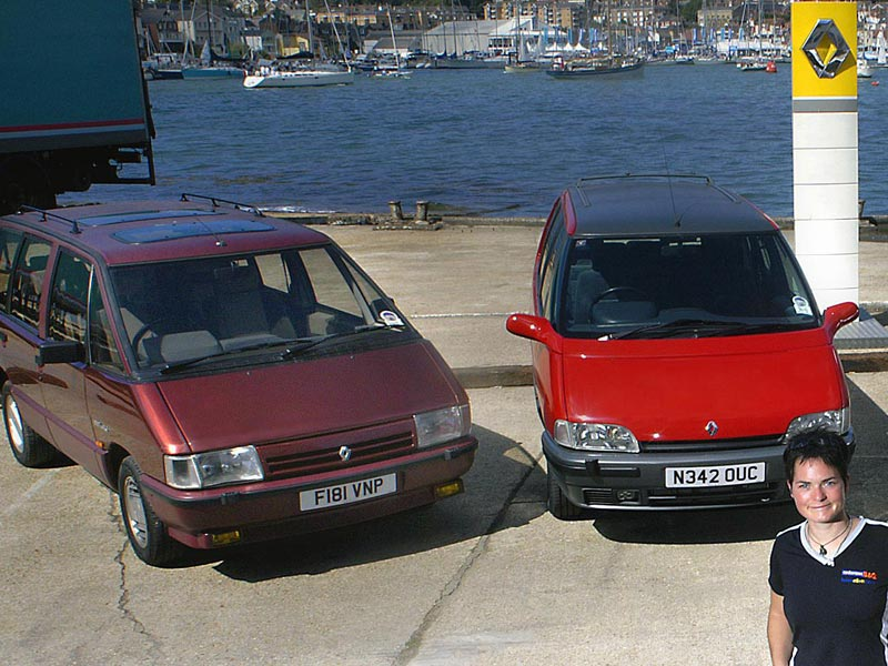 Ellen and a pair of Renault Espaces