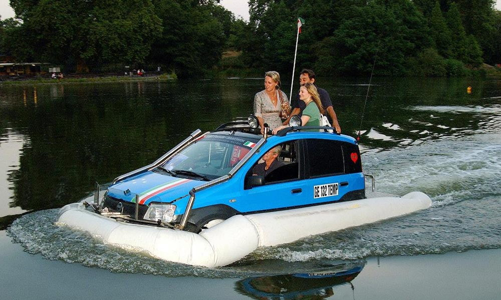 Fiat Panda Terramare on the water