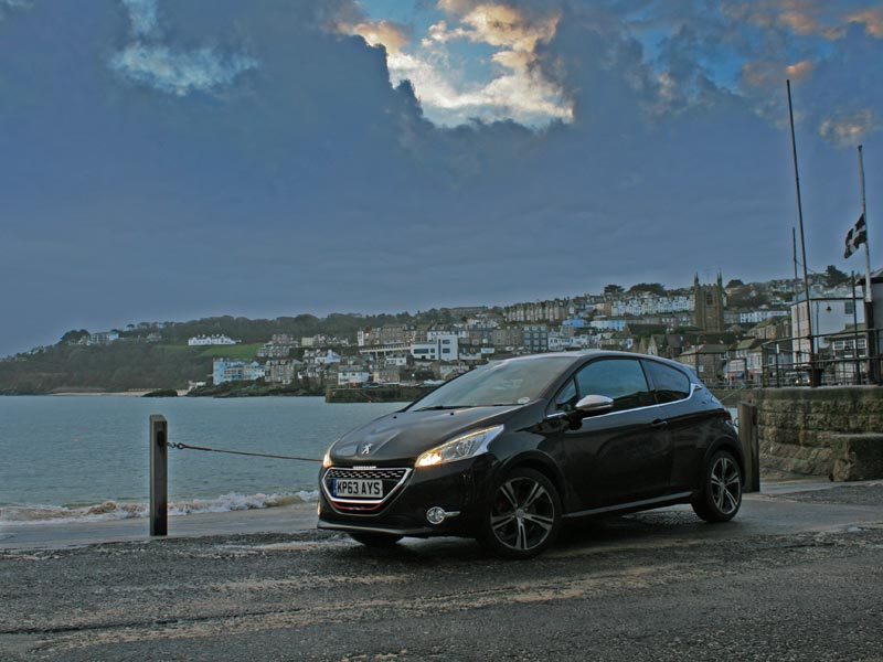 Peugeot 208 GTi at St Ives
