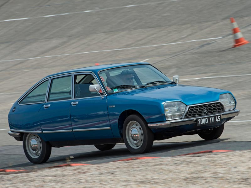 Citroen GS on track