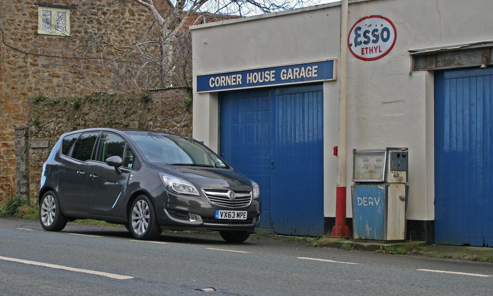2014 Vauxhall Meriva review on PetrolBlog