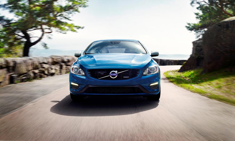 Jeckyl and Hybrid - Volvo V60 Plug-in Hybrid R-Design
