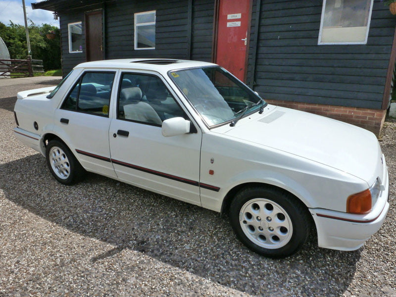 Ford Orion 1.6 injection Ghia for sale