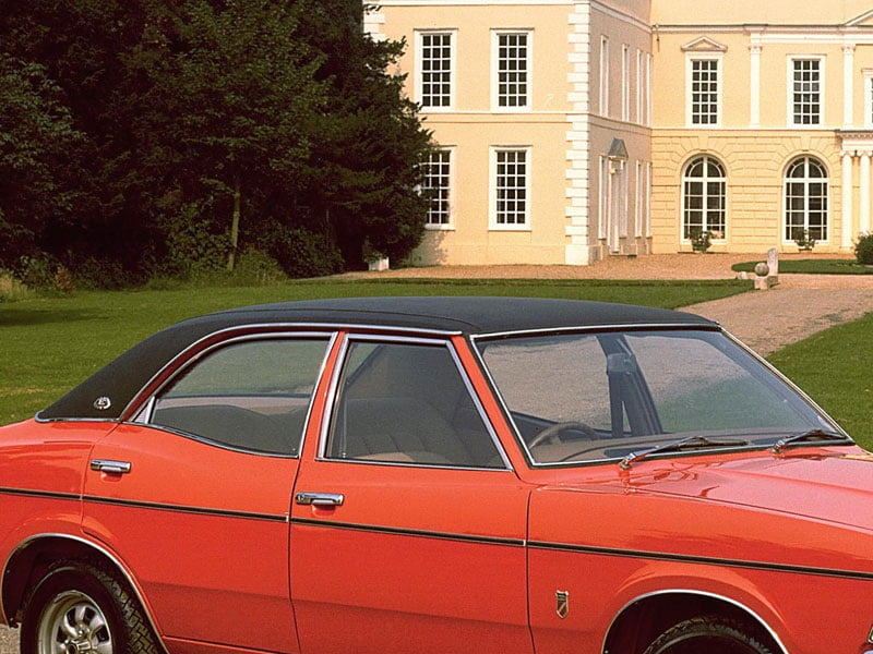 MK3 Ford Cortina black vinyl roof
