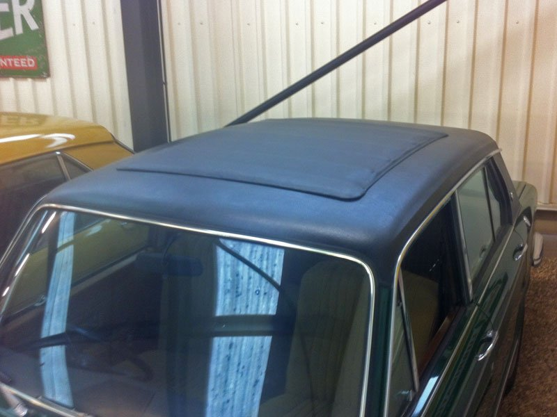 Triumph Dolomite black vinyl roof and Webasto sunroof