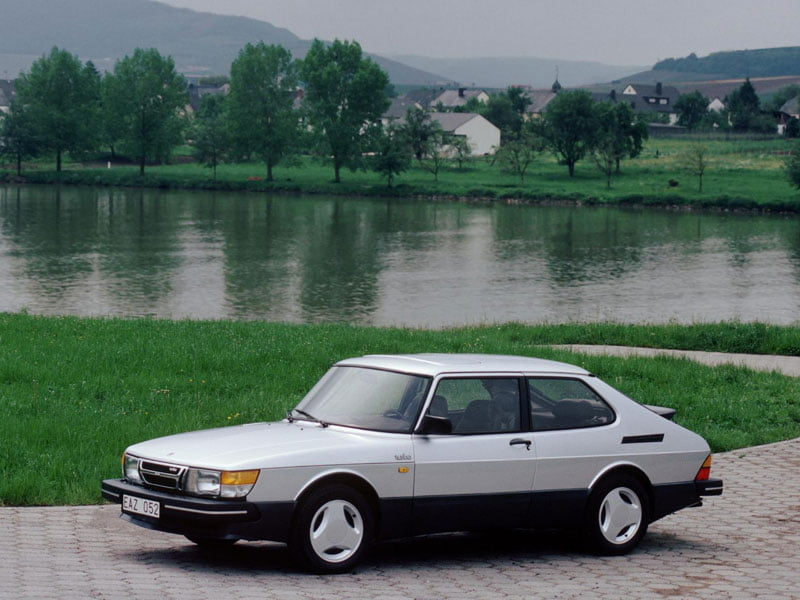 3-spoke alloys Saab 900 Turbo