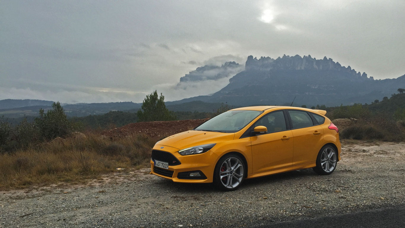 Ford Focus ST Spanish mountains
