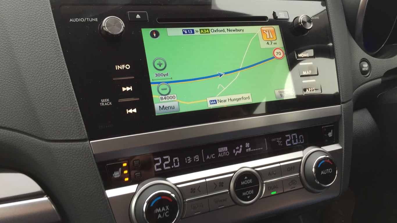 2015 Subaru Outback infotaintment screen