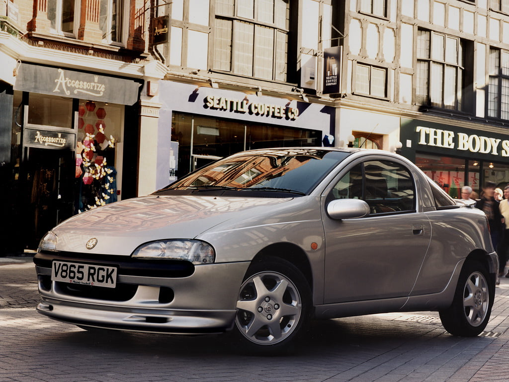 Vauxhall Tigra with bodykit