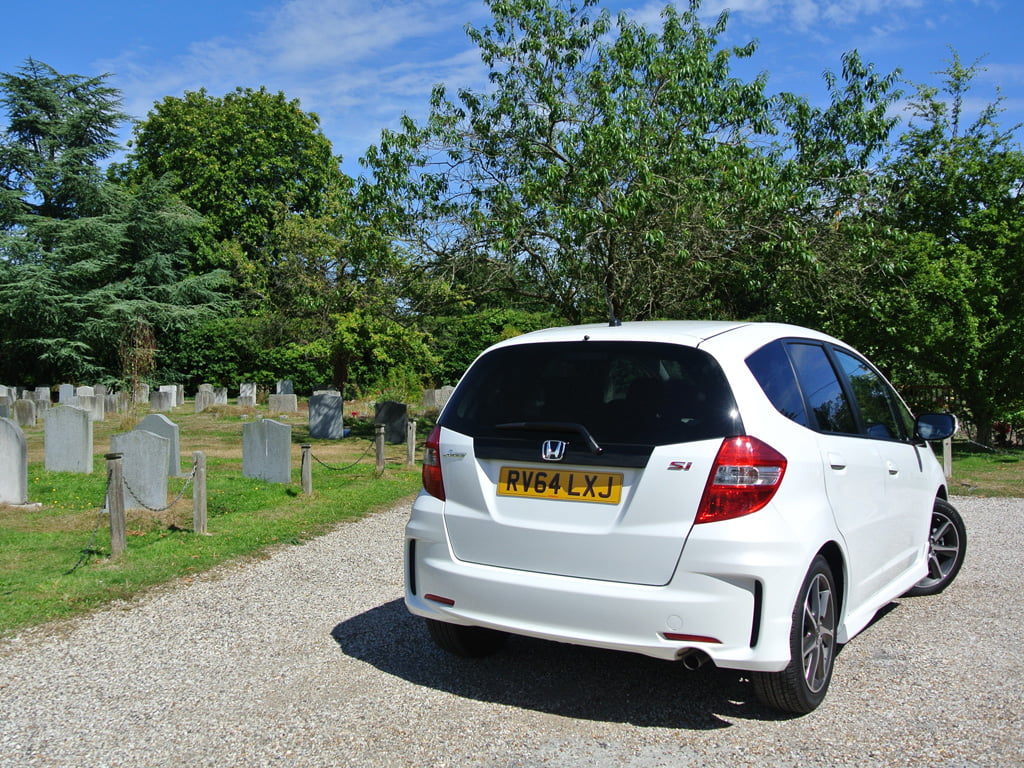 Honda Jazz Si at cemetery