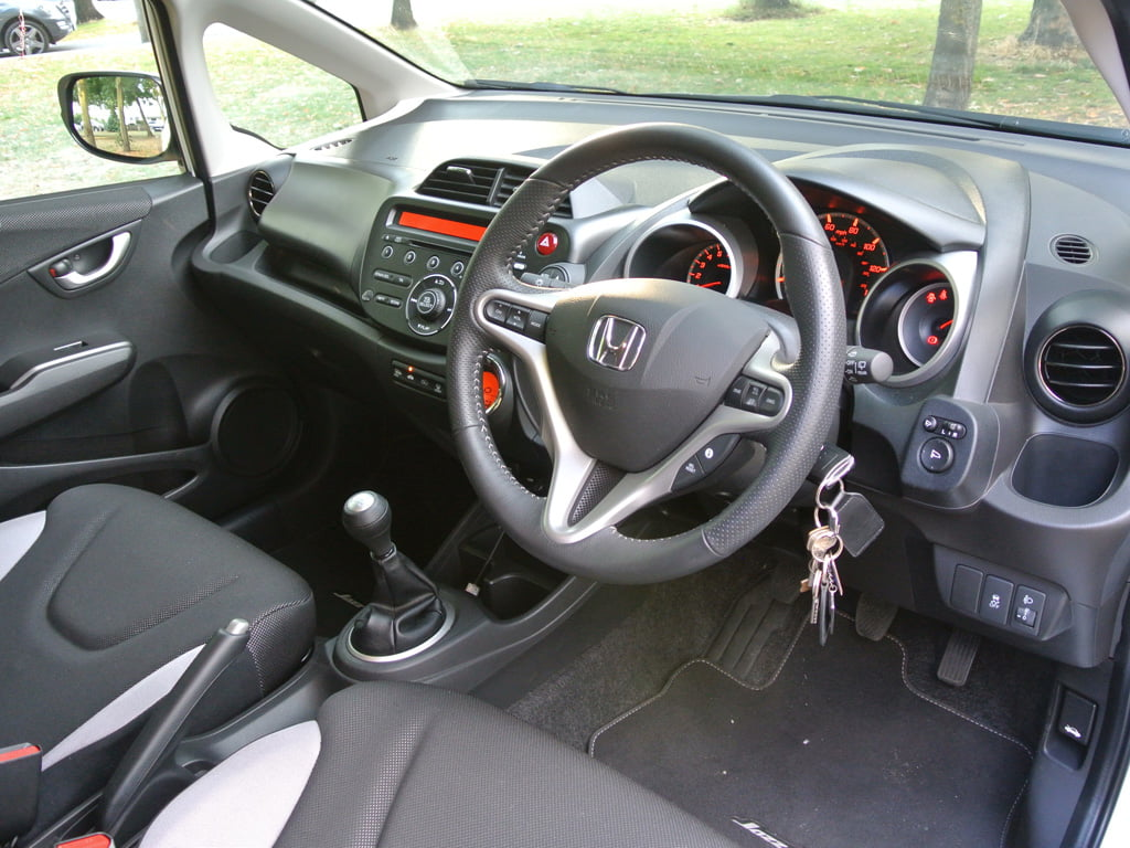 Honda Jazz Si interior