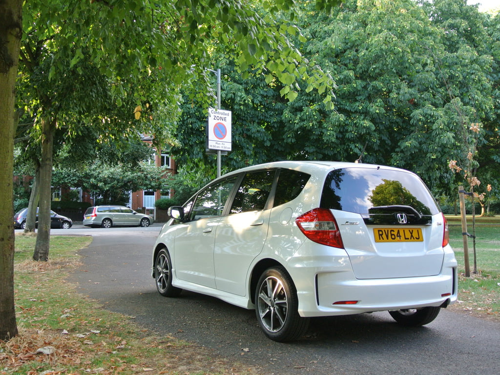 White Honda Jazz Si