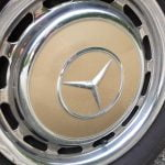 Mercedes-Benz W123 wheel trim