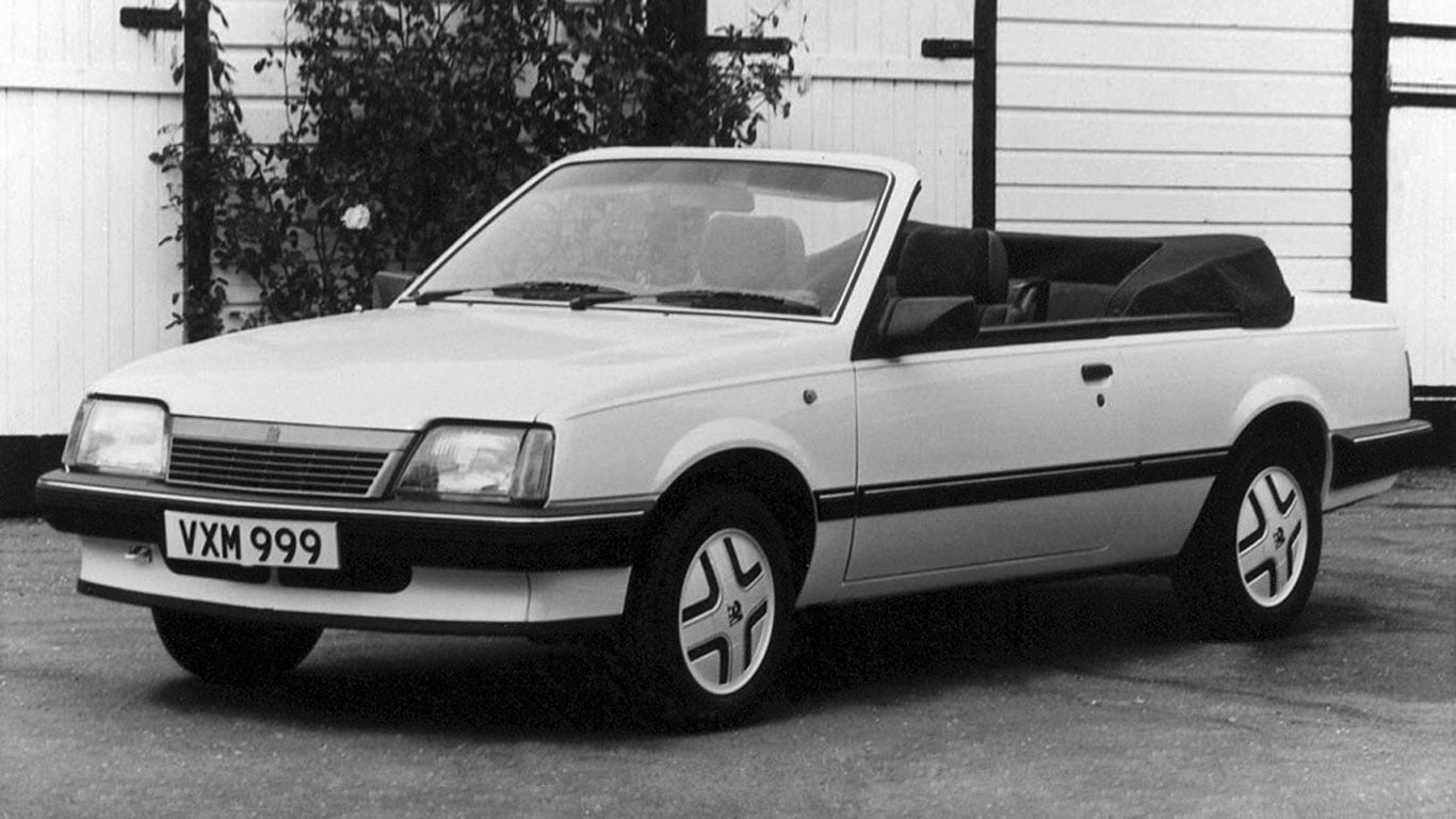 Auto Trader Mandy and her topless Vauxhall Cavalier - PetrolBlog