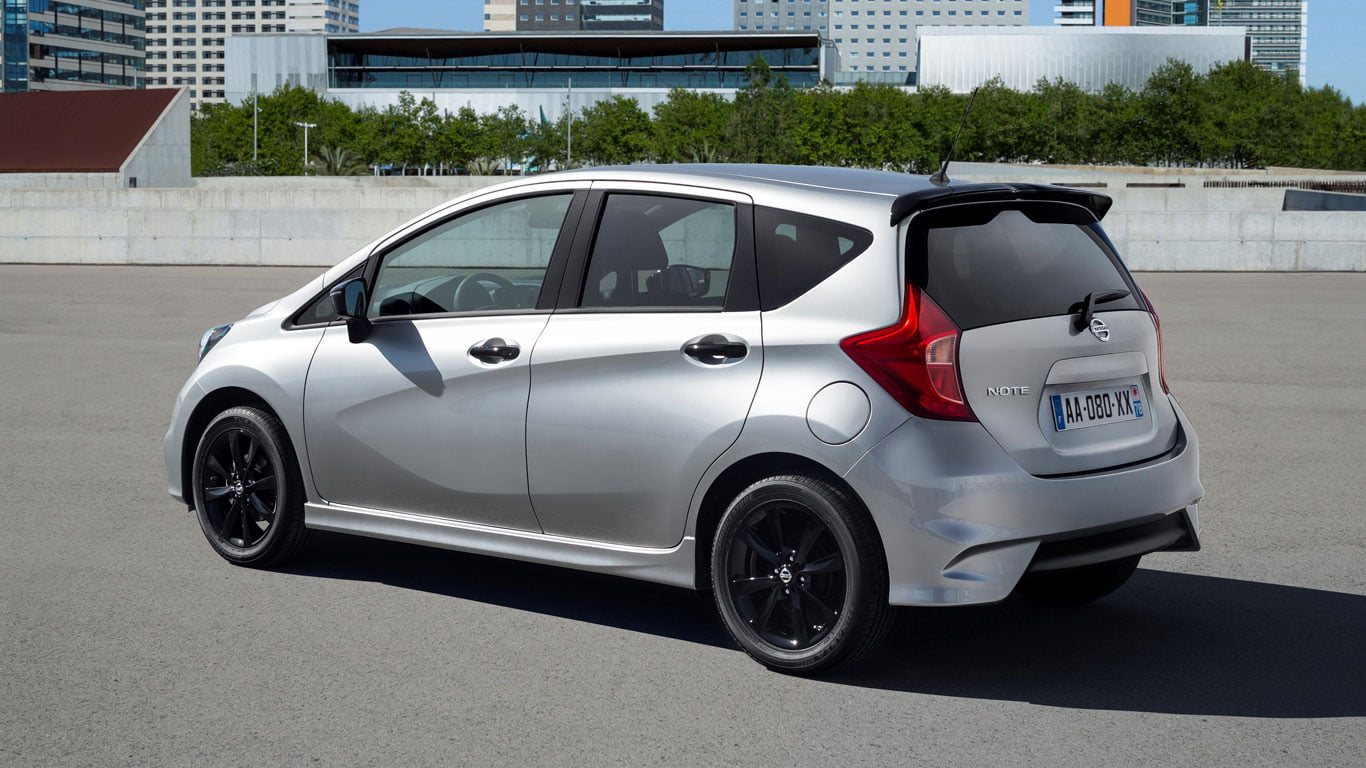 nissan note black edition humdrum to holy moly petrolblog. Black Bedroom Furniture Sets. Home Design Ideas