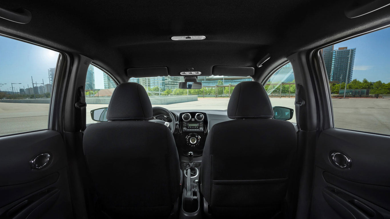 Nissan Note Black Edition interior