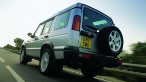 Land Rover Discovery off-centre number plate