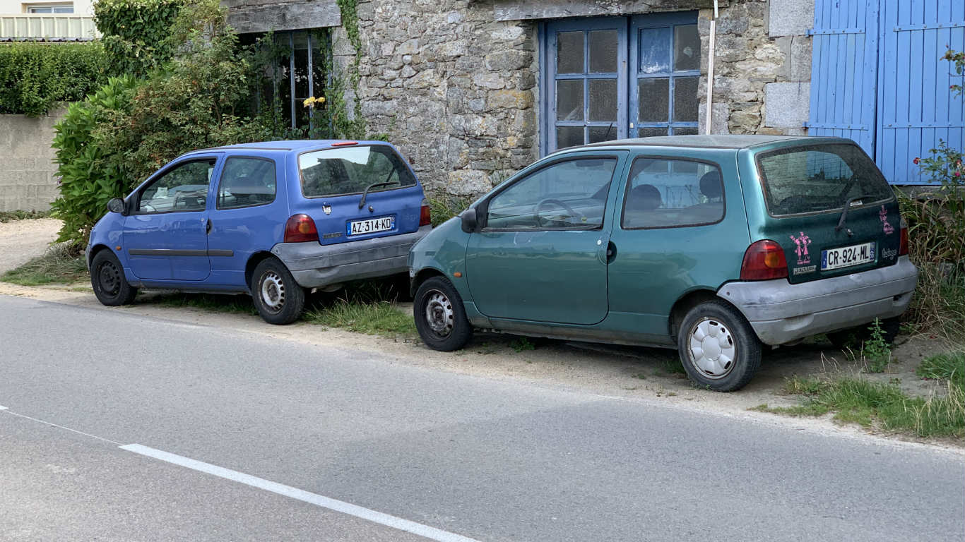 Renault Twingos in Brittany