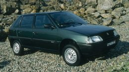 Citroen AX 4x4 on rocks