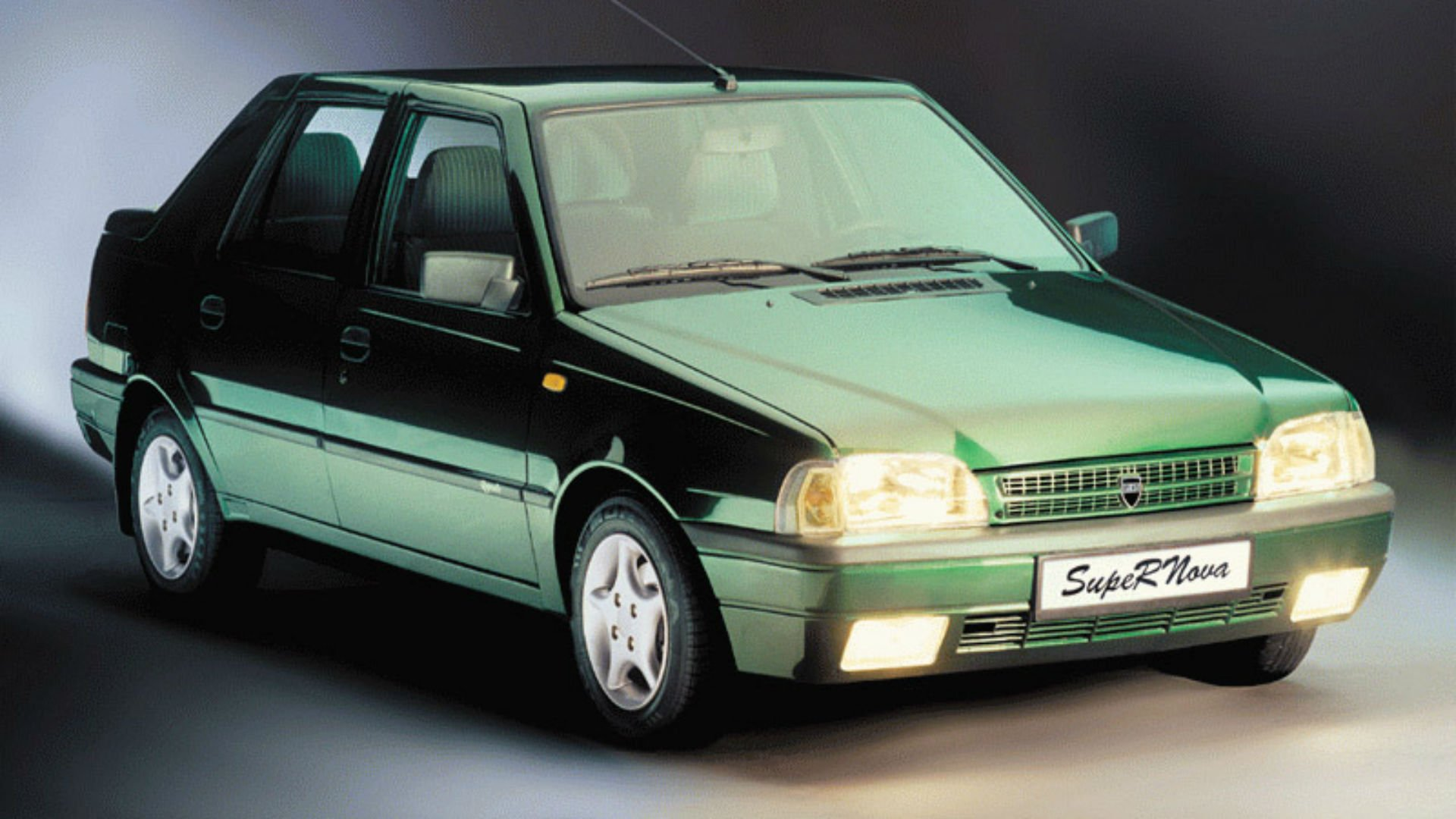 Dacia SupeRNova green