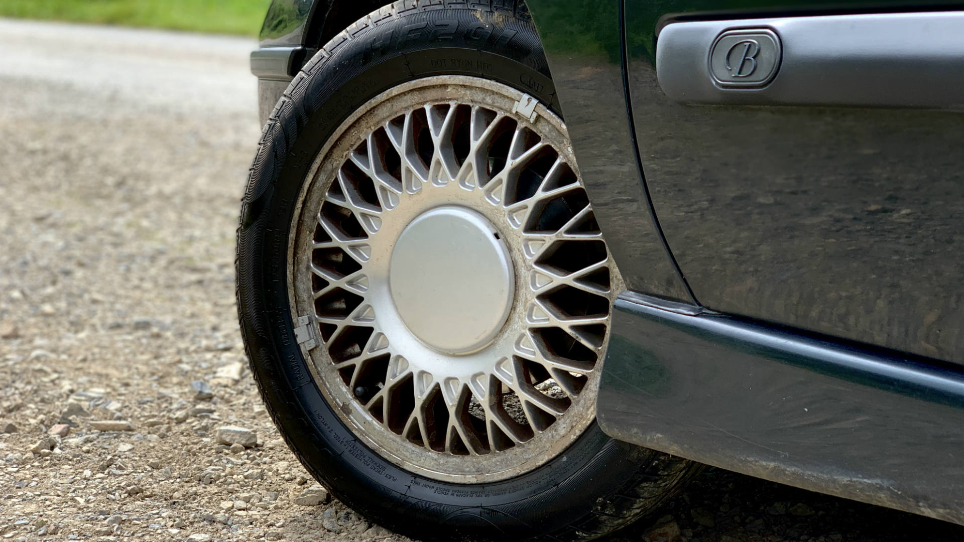 Clio Baccara alloy wheel and part-worn tyre