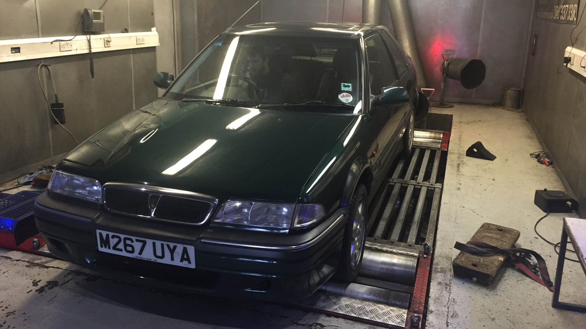 Rover 220 GSi on dyno test