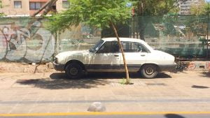 Peugeot 504 in Buenos Aires