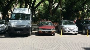 Peugeot 505 and Iveco