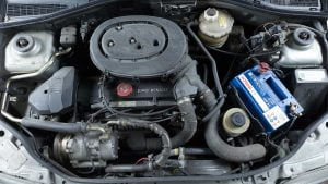 Clio Baccara engine