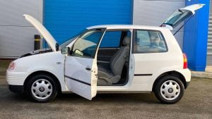 Seat Arosa doors open