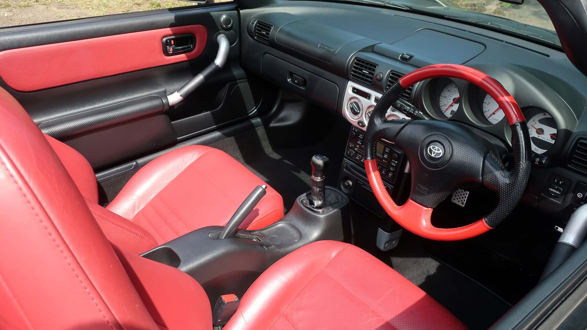 Toyota MR2 Red Collection interior